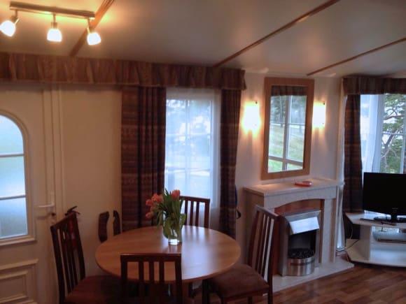 Matplats och vardagsrum