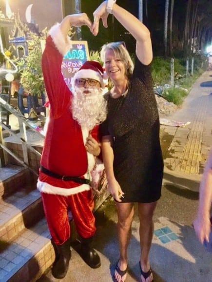 Min långa snygga amazon ihop jultomten på julafton.